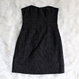 BB DAKOTA STRAPLESS BLACK DRESS